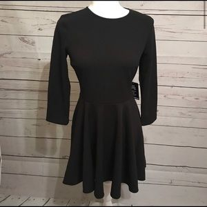 NET Express black dress small-petite
